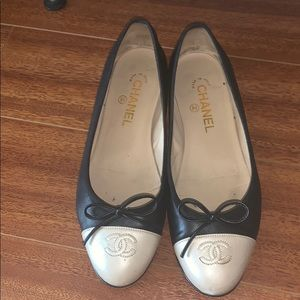 CHANEL ballet flats with box